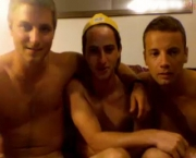str8-college-friends-jerking-off-together-1